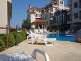 Обзаведен двустаен апартамент в к-кс Свети Никола / Saint Nicola Кошарица