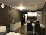 Луксозен двустаен апартамент в центъра на Пловдив