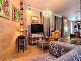 Луксозен стил на живот в нова, модерна къща