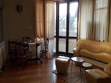 Тристаен апартамент под наем с топ-локация в центъра на Бургас