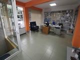 Магазин за продажба до хотел Космос в Лазур