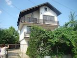 Голяма  къща  близо до г.Видин