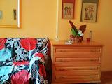 Под наем двустаен апартамент в идеален център, Варна