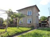 Ремонтирана двуетажна къща на 39 км от Велико Търново