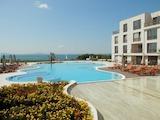 Двустаен апартамент в крайбрежен комплекс до плажа в Сарафово