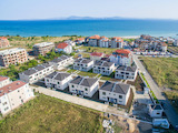 Exceptional houses with private yard and parking spaces in Burgas