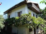 Къща в село близо до град Добрич