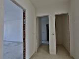 Тристаен апартамент в готова сграда в Люлин 2