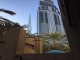 Тристаен апартамент с частен двор в Дубай / Yansoon 3