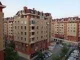 Южен тристаен апартамент в Цариградски комплекс