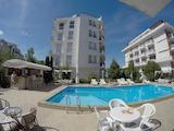 Двустаен апартамент в комплекс Азуро Скай/ Azure Sky в Слънчев Бряг