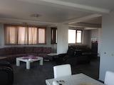 Spacious 2-bedroom Apartment for Rent in Kamenitsa-1 Quarter
