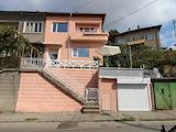 Реновирана къща с гараж в тоя центътр на Велико Търново