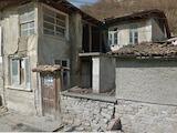 """Двуетажна къщ за ремонт с уникална гледка към  """" Царевец """""""
