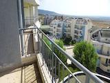 Прекрасен двустаен апартамент с гледка към морето и планината в спокоен курорт Кошарица