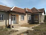 Селска къща в развито село на 50 км от Враца
