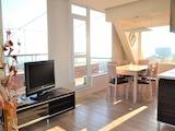 Тристаен апартамент с панорамна тераса и подземен гараж в кв. Бриз