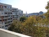 Тристаен апартамент в центъра на Варна, района на Нептун