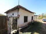 Къща на един етаж в спокойното селце Обидим