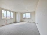 Апартамент с три спални до Парадайс център