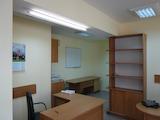 Удобен офис на партерно ниво в кв. Възраждане 1