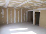 Двухкомнатная квартира в новом доме в центре Пловдива