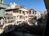 Трехкомнатная квартира в центре Пловдива