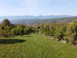 Поземлен имот на 32 км от ски-курорт Боровец