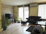 Тристаен апартамент в централната част на Пловдив
