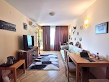 Excellent apartment in a well maintained building with a great location