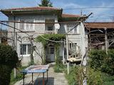 Дом с двором недалеко от Велико Тырново