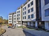 Тристаен апартамент в комплекс с басейн и фитнес в кв. Карпузица