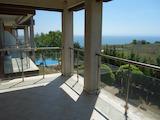 Двухкомнатная квартира с прекрасным видом в комплексе July Morning.