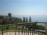 Panoramic apartment with parking space in gated complex Cabacum Beach Residence