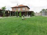 Дача с большим участком возле Пловдива