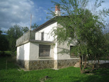 House with yard and mountain views 8 km from Pravets