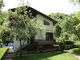 House with barbecue and pool for rent in the Teteven Balkan