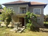Двухэтажный дом недалеко от древнеримского поселения, в 25 км от Велико Тырново