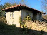 Два дома с двумя дворами в 15 км от Павликени