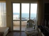 Трехкомнатная квартира с прекрасным видом на море в Каварне