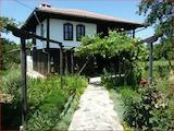 Традиционный болгарский дом с сохранившейся аутентичной архитектурой