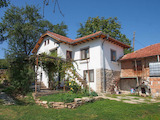 Полностью отремонтированный традиционный дом в районе Севлиево