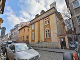 Меблированная двухкомнатная квартира в метрах от Национального дворца культуры Софии