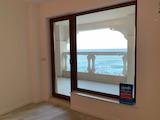 Квартира в комплексе La Mer на первой линии от пляжа