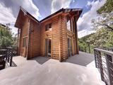 Роскошный горный дом с двором и гаражом недалеко от Банско