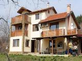 Дом между городами Стара Загора и Нова Загора