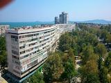 Двухкомнатная квартира в квартале Лазур возле Морского сада