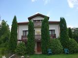 Двухэтажный дом в Трояне